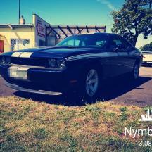 - Dodge Challenger