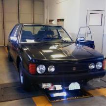 - Tatra 613